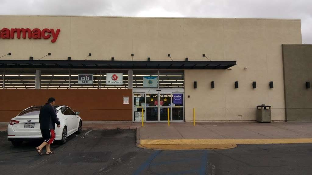 CVS Pharmacy - pharmacy  | Photo 5 of 7 | Address: 220 E Compton Blvd, Compton, CA 90220, USA | Phone: (310) 604-1747