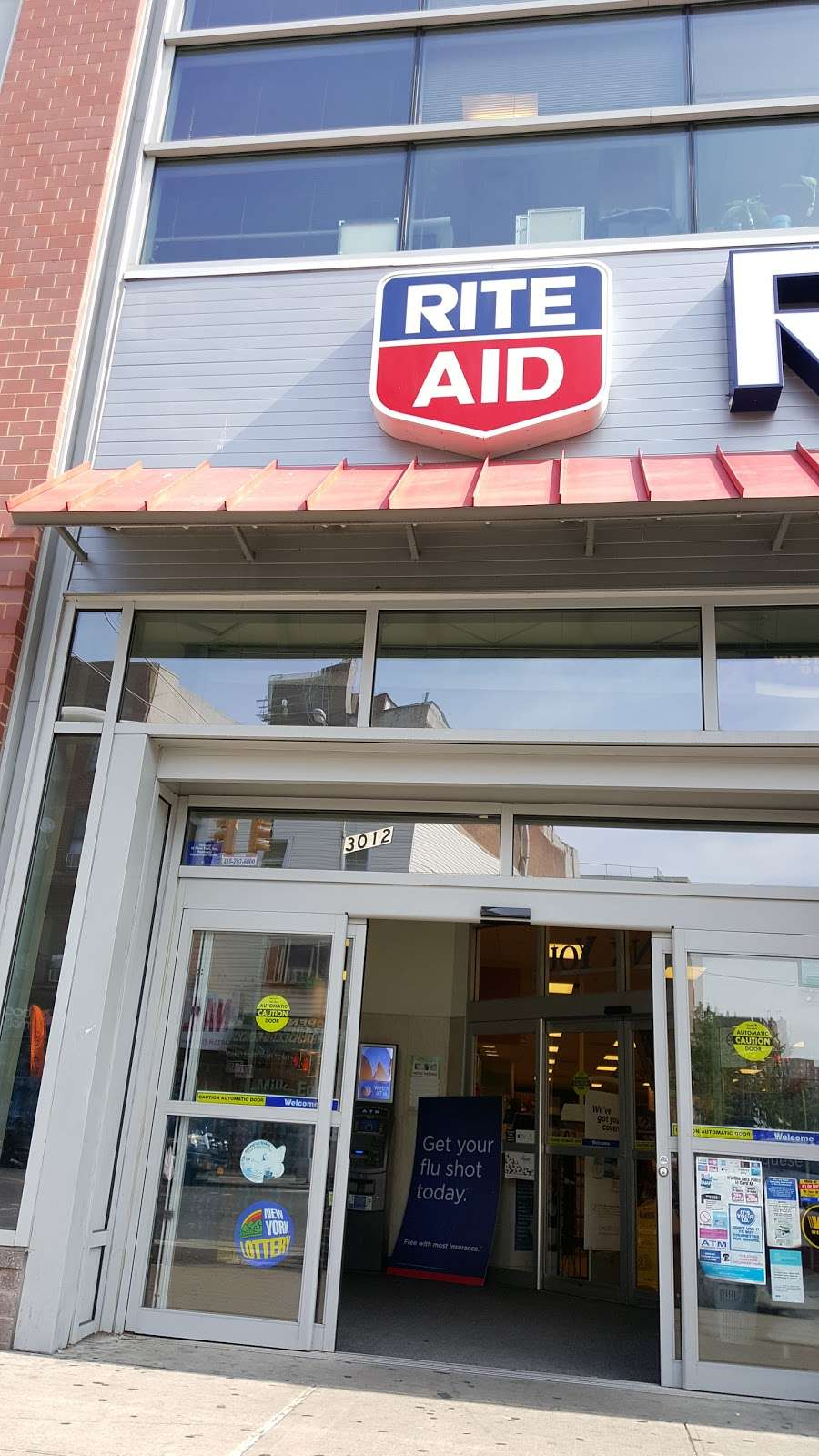 Rite Aid - convenience store  | Photo 3 of 9 | Address: 3012 Third Ave, Bronx, NY 10455, USA | Phone: (718) 665-6506