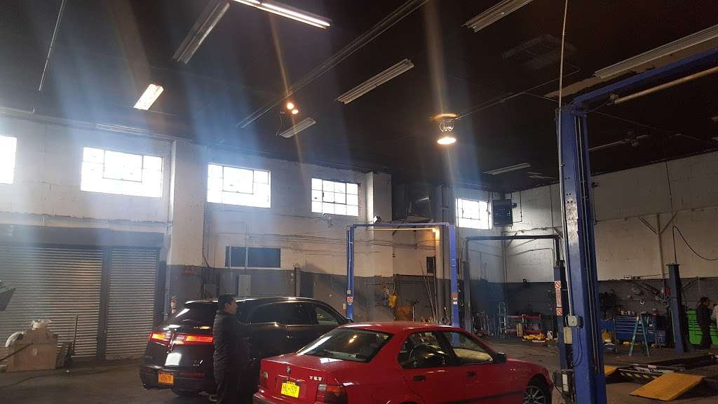 Jose Ordonez Auto Repair and Body Shop - car repair  | Photo 4 of 10 | Address: 88-43 76th Ave, Glendale, NY 11385, USA | Phone: (718) 896-0900