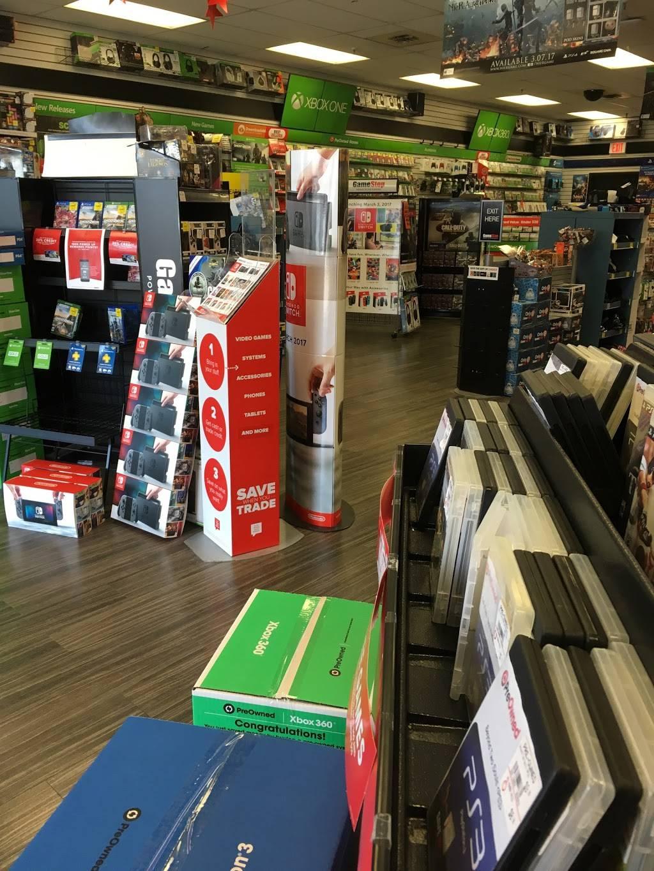 GameStop - electronics store  | Photo 2 of 5 | Address: 9582 Colerain Ave, Cincinnati, OH 45251, USA | Phone: (513) 245-1130