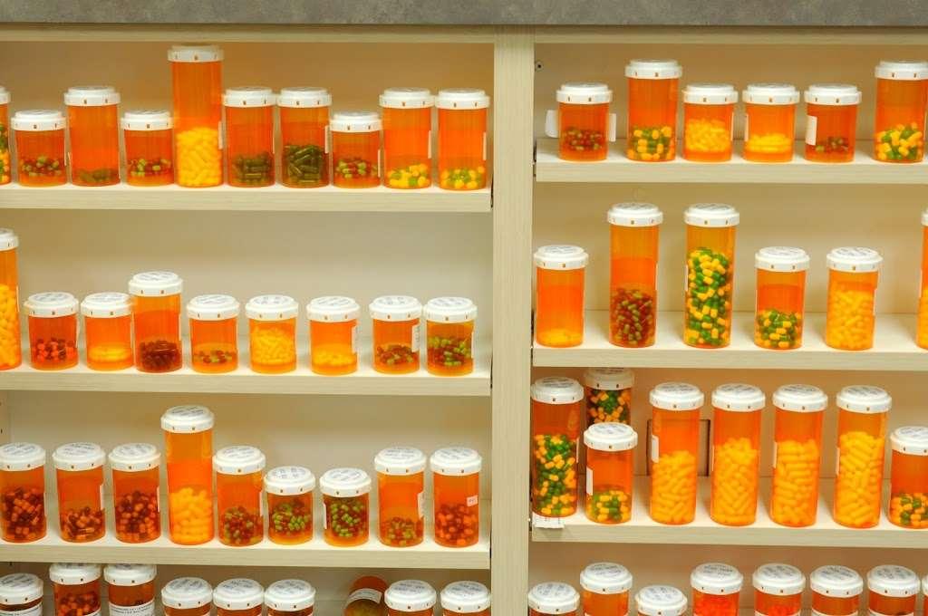 NewSpring Pharmacy - pharmacy  | Photo 4 of 10 | Address: 10750 W McDowell Rd C-301, Avondale, AZ 85392, USA | Phone: (623) 932-9800