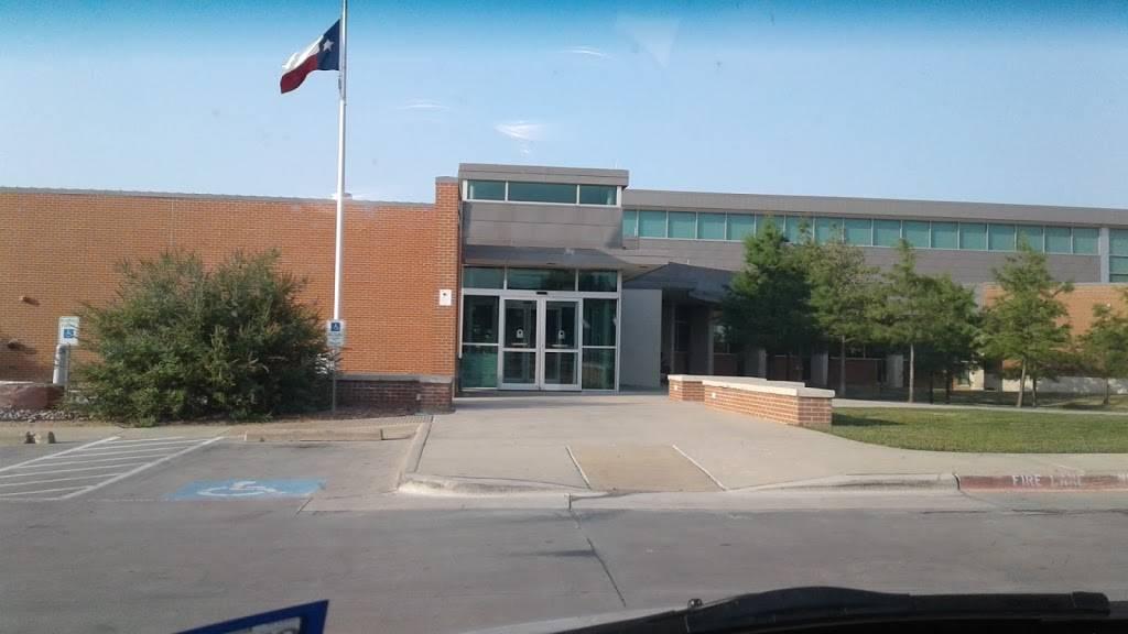 Haltom City Public Library - library  | Photo 2 of 9 | Address: 4809 Haltom Rd, Haltom City, TX 76117, USA | Phone: (817) 222-7786