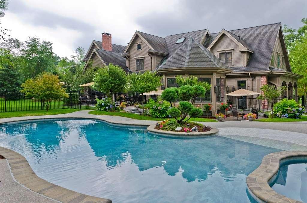 The Hoeke Team, REALTORS at Barr & Associates Real Estate, LLC - real estate agency  | Photo 2 of 10 | Address: 210D Genesis, Webster, TX 77598, USA | Phone: (832) 713-1299