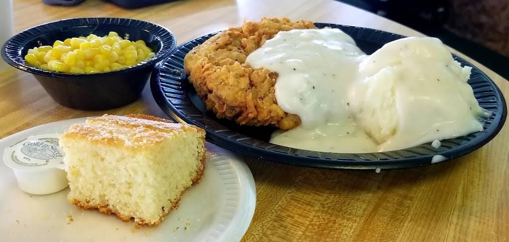 Evelyns - restaurant  | Photo 7 of 8 | Address: 3014 N 74th E Ave, Tulsa, OK 74115, USA | Phone: (918) 835-1212