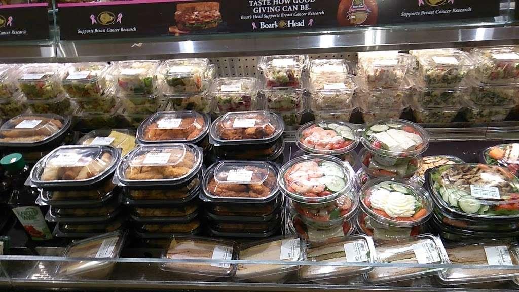 Key Food Supermarkets - supermarket  | Photo 1 of 10 | Address: 155 Bay St, Staten Island, NY 10301, USA | Phone: (718) 442-3537