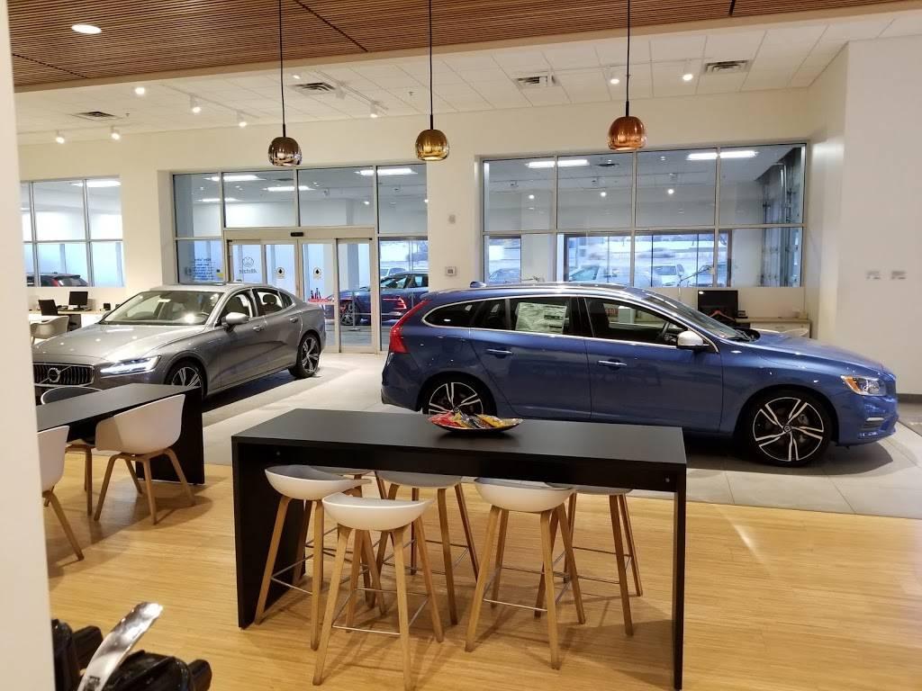 Kline Volvo Cars of Maplewood - car dealer  | Photo 5 of 7 | Address: 3040 US-61, Maplewood, MN 55109, USA | Phone: (866) 730-0629