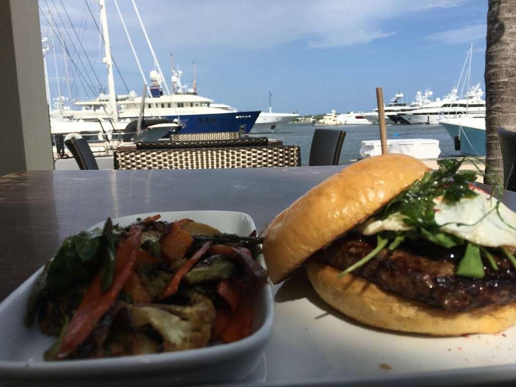 M/Y Cafe - restaurant  | Photo 8 of 10 | Address: 4200 N Flagler Dr, West Palm Beach, FL 33407, USA | Phone: (561) 840-8301