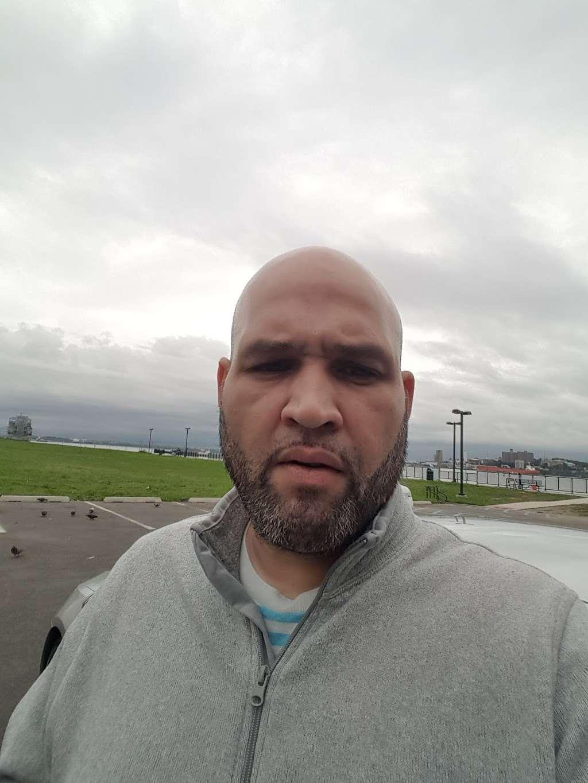 MOTBY Park - park  | Photo 6 of 7 | Address: Bayonne, NJ 07002, USA | Phone: (973) 578-2180