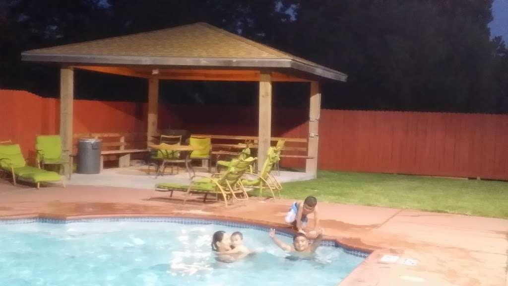 Quality Inn - lodging    Photo 3 of 10   Address: 5222 Interstate 10 E, Baytown, TX 77521, USA   Phone: (281) 421-7200