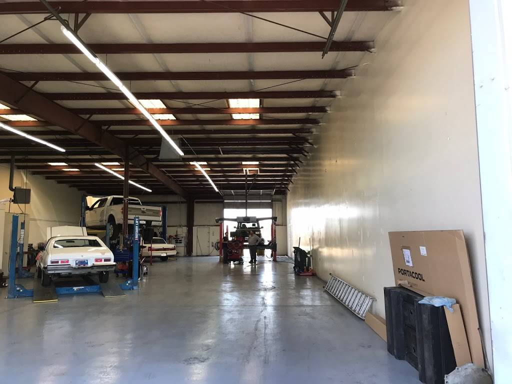 Able Auto and Truck Repair - car repair  | Photo 3 of 9 | Address: 2459 Fruitvale Ave #1, Bakersfield, CA 93308, USA | Phone: (661) 637-0669