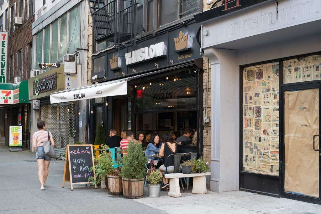 The Winslow Gin House and Eatery - restaurant  | Photo 4 of 10 | Address: 243 E 14th St, New York, NY 10003, USA | Phone: (347) 354-6827