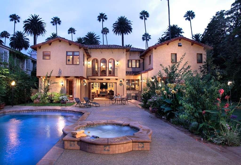 The Kalt Group - real estate agency    Photo 2 of 10   Address: 1213 South La Brea Ave, Los Angeles, CA 90019, USA   Phone: (323) 935-1717