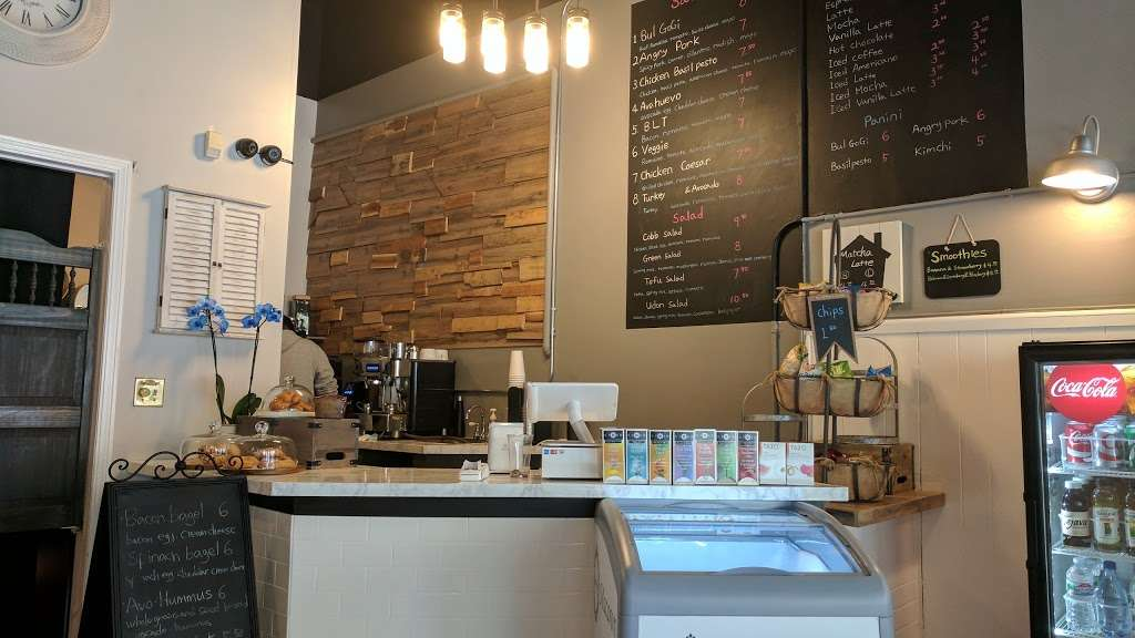 Cafe Sis - restaurant  | Photo 1 of 10 | Address: 402 Balboa St, San Francisco, CA 94118, USA