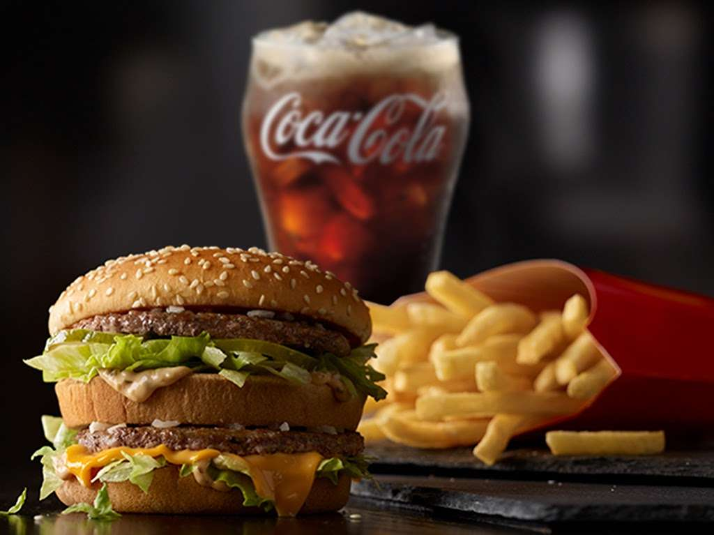 McDonalds - cafe  | Photo 9 of 10 | Address: 2401 N Tustin St, Orange, CA 92865, USA | Phone: (714) 921-2235