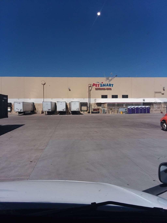 PetSmart Distribution Center - store  | Photo 4 of 4 | Address: 7800 W Roosevelt St, Phoenix, AZ 85043, USA | Phone: (623) 432-3800