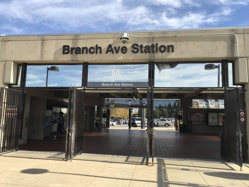 Branch Avenue Station - subway station  | Photo 2 of 10 | Address: 4704 Old Soper Rd, Suitland-Silver Hill, MD 20746, USA | Phone: (202) 637-7000