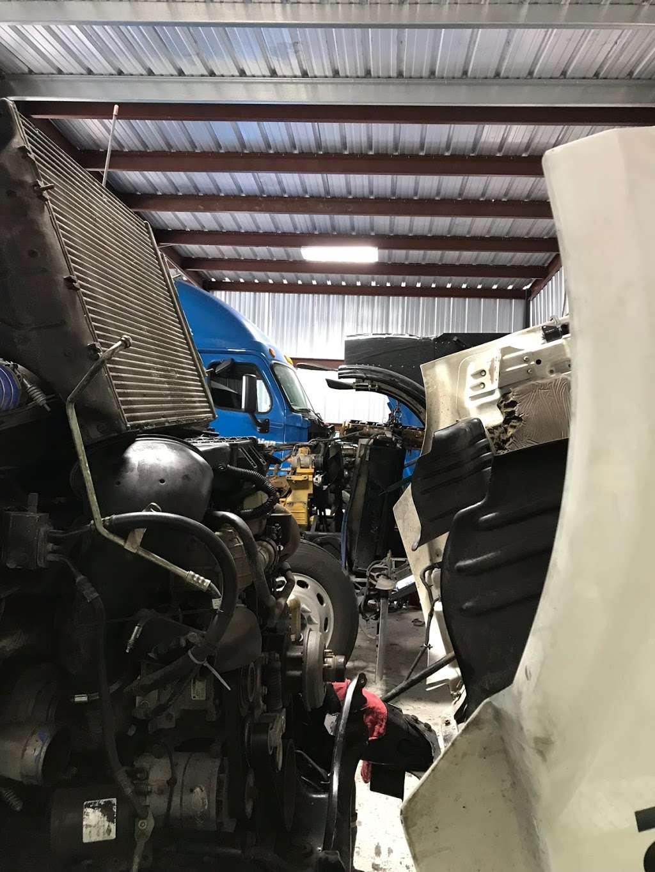 Big Truckin Diesel - car repair  | Photo 4 of 5 | Address: 12934 Green River Dr, Houston, TX 77044, USA | Phone: (832) 860-2183
