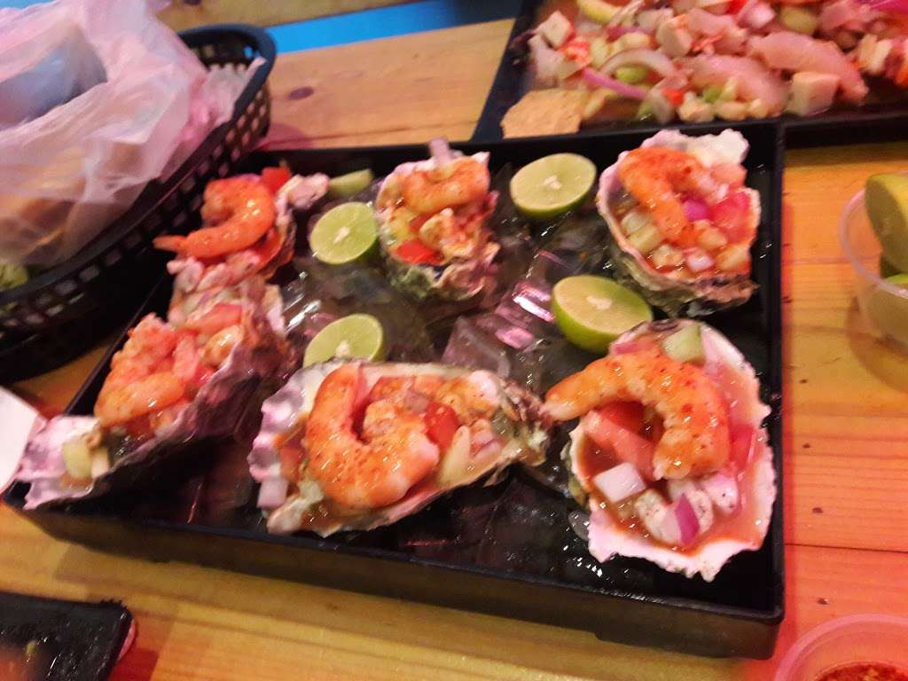 Mariscos El Ostion - restaurant  | Photo 7 of 10 | Address: 995 W Mission Blvd, Pomona, CA 91766, USA | Phone: (909) 622-1870
