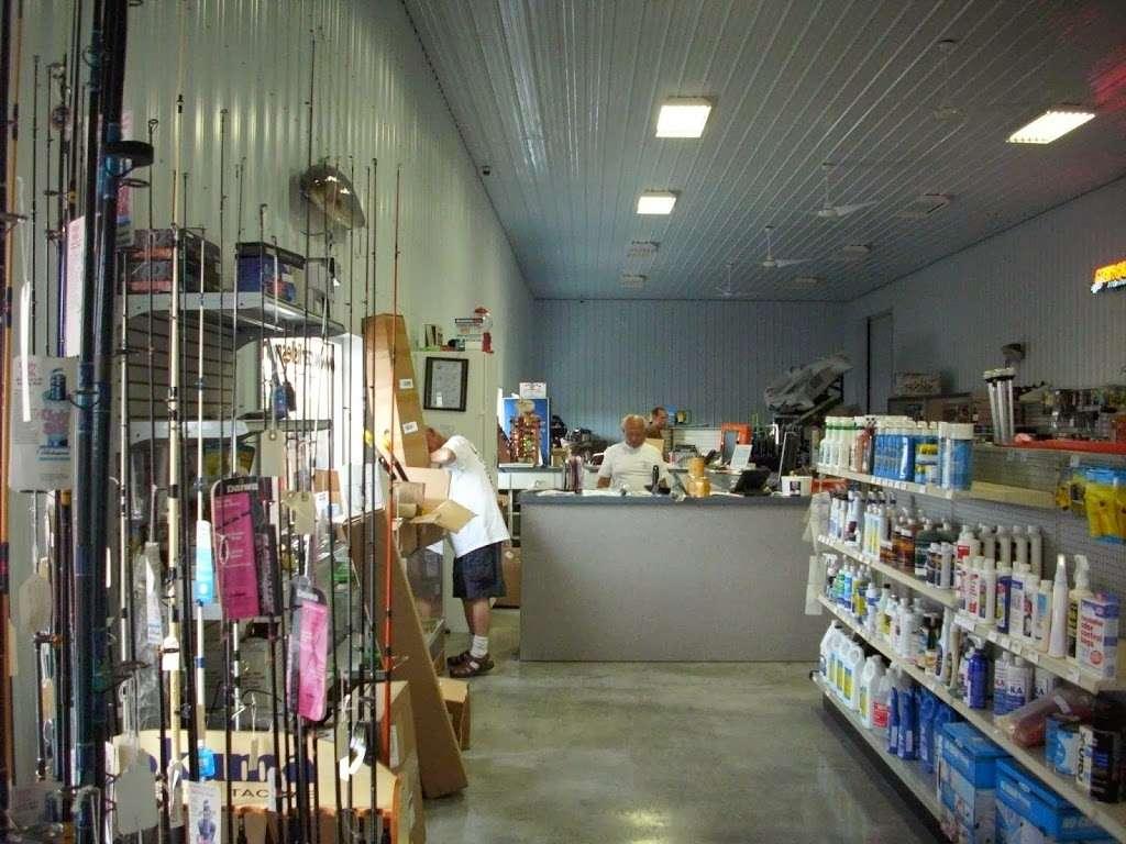 Carlisles Marine Inc - store    Photo 2 of 7   Address: 49 Artisan Dr, Smyrna, DE 19977, USA   Phone: (302) 389-0100