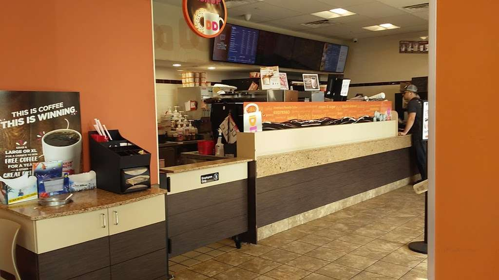 Dunkin Donuts - cafe  | Photo 7 of 10 | Address: 500 Ave at Port Imperial, Weehawken, NJ 07086, USA | Phone: (201) 766-1432