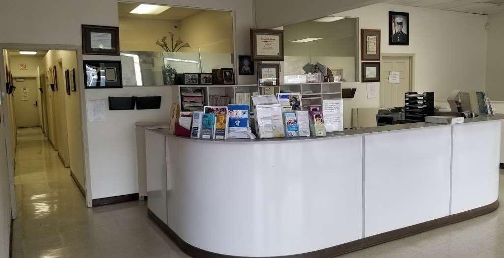 Dr. Edgar I. Martinez D.O. Medical Center / Medical Cannabis Eva - doctor  | Photo 2 of 9 | Address: 3512 E Florence Ave #102-103, Huntington Park, CA 90255, USA | Phone: (323) 582-1180
