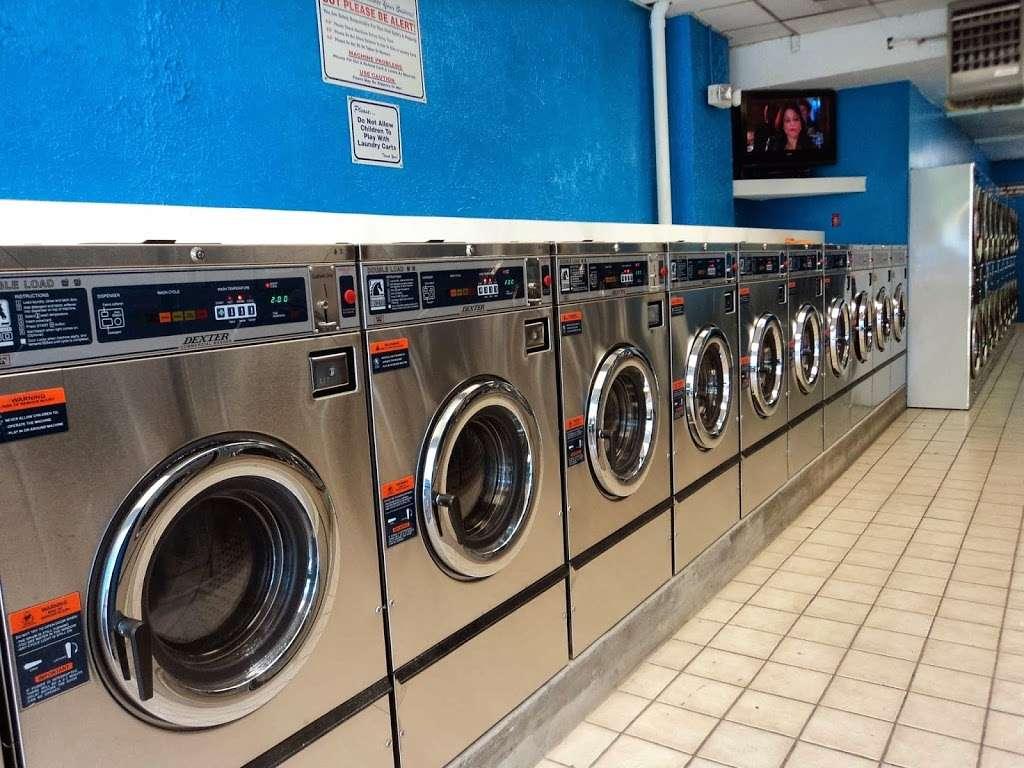 Mercedes Coin Wash Laundry Llc - laundry  | Photo 1 of 5 | Address: 200 Midland Ave, Kearny, NJ 07032, USA | Phone: (201) 991-2700