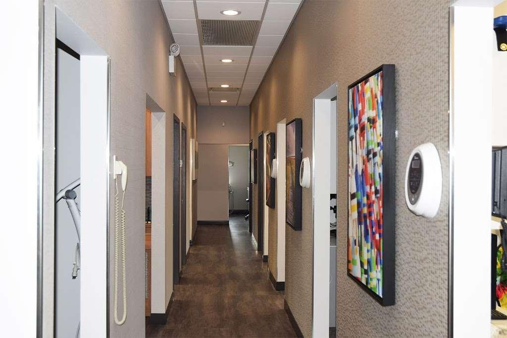 ProHEALTH Dental - dentist    Photo 4 of 7   Address: 163-45 Cross Bay Blvd, Howard Beach, NY 11414, USA   Phone: (718) 641-3838