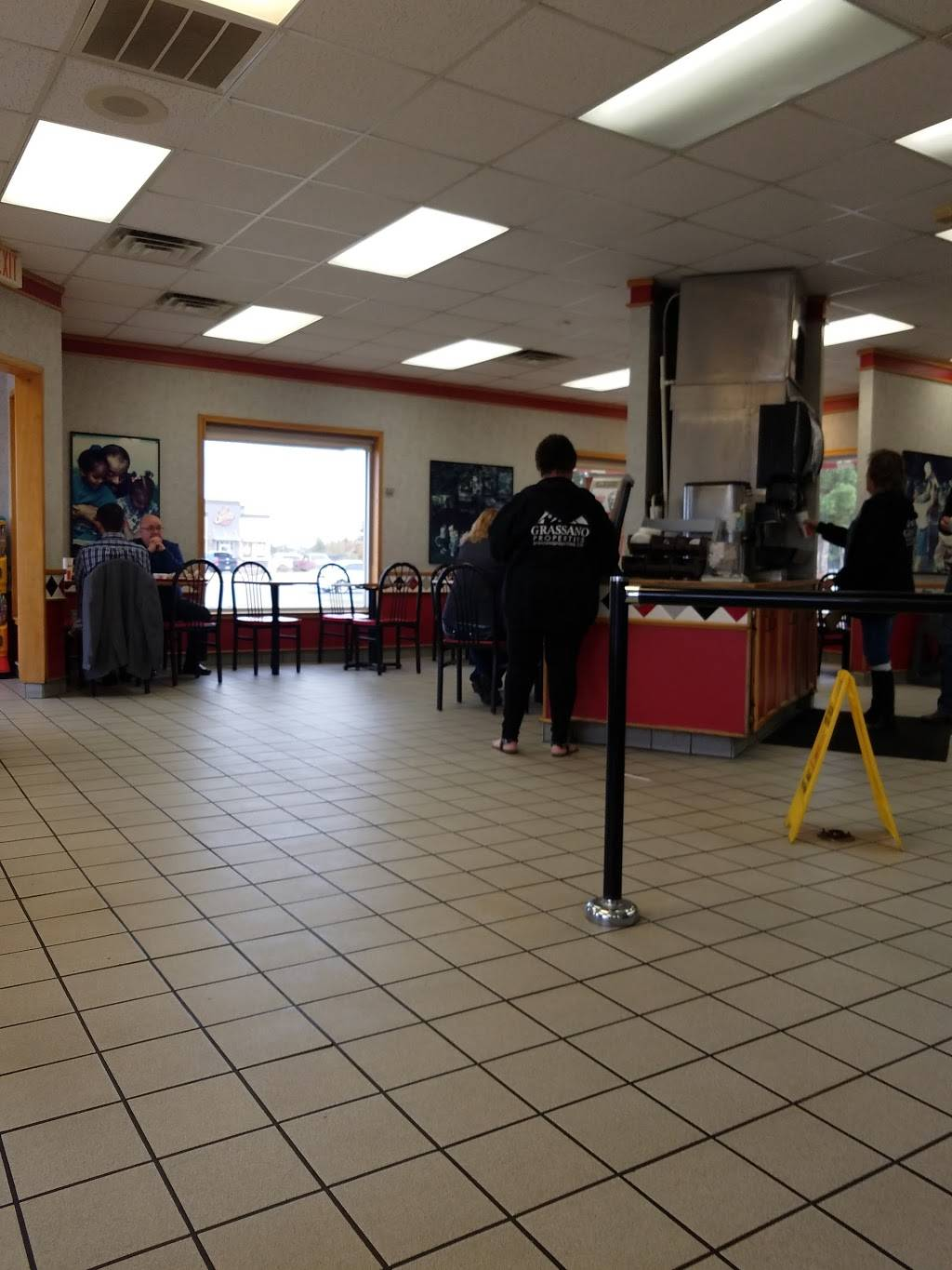 KFC - restaurant  | Photo 10 of 10 | Address: 6411 19th St, Lubbock, TX 79407, USA | Phone: (806) 785-0400