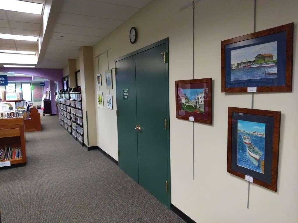Warren Township Library - library  | Photo 2 of 10 | Address: 42 Mountain Blvd, Warren, NJ 07059, USA | Phone: (908) 754-5554