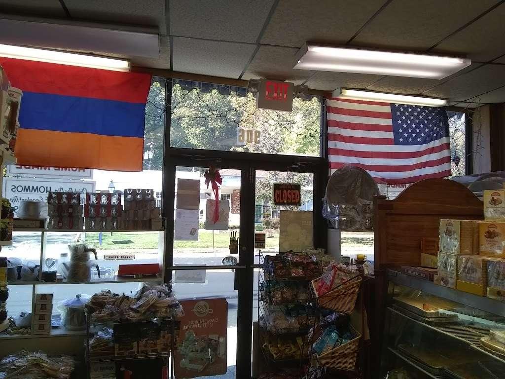 Olympia Foods of All Nations - store    Photo 3 of 4   Address: 906 Kinderkamack Rd, River Edge, NJ 07661, USA   Phone: (201) 261-3703