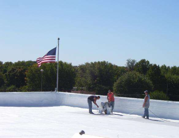 Brian Cundy: dba Pressure Washing and Painting - roofing contractor  | Photo 2 of 6 | Address: 1516 E 30th St, Anderson, IN 46016, USA | Phone: (765) 617-9854