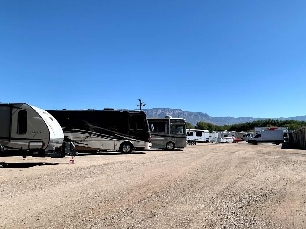 Albuquerque Lock Storage - storage  | Photo 4 of 7 | Address: 10130 2nd St NW, Albuquerque, NM 87114, USA | Phone: (505) 898-1064