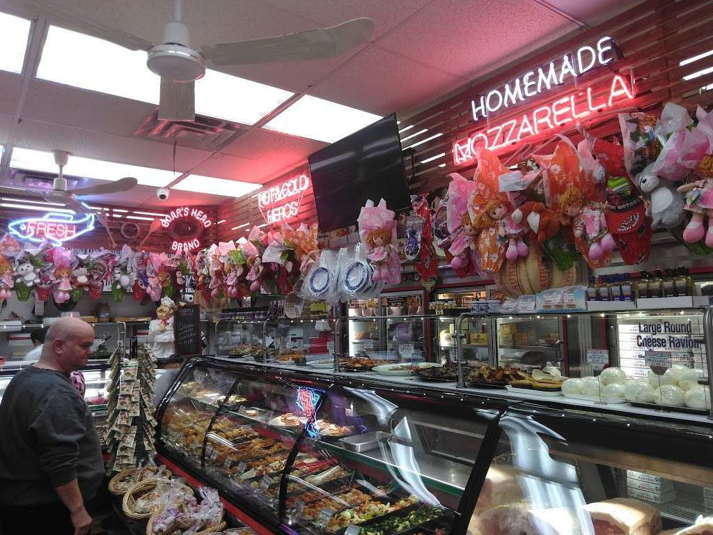 Pastosa Ravioli company - store  | Photo 4 of 10 | Address: 1076 Richmond Rd, Staten Island, NY 10304, USA | Phone: (718) 667-2194