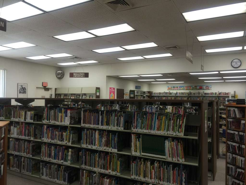 Los Nietos Library - library  | Photo 3 of 10 | Address: 8511 Duchess Dr, Whittier, CA 90606, USA | Phone: (562) 695-0708