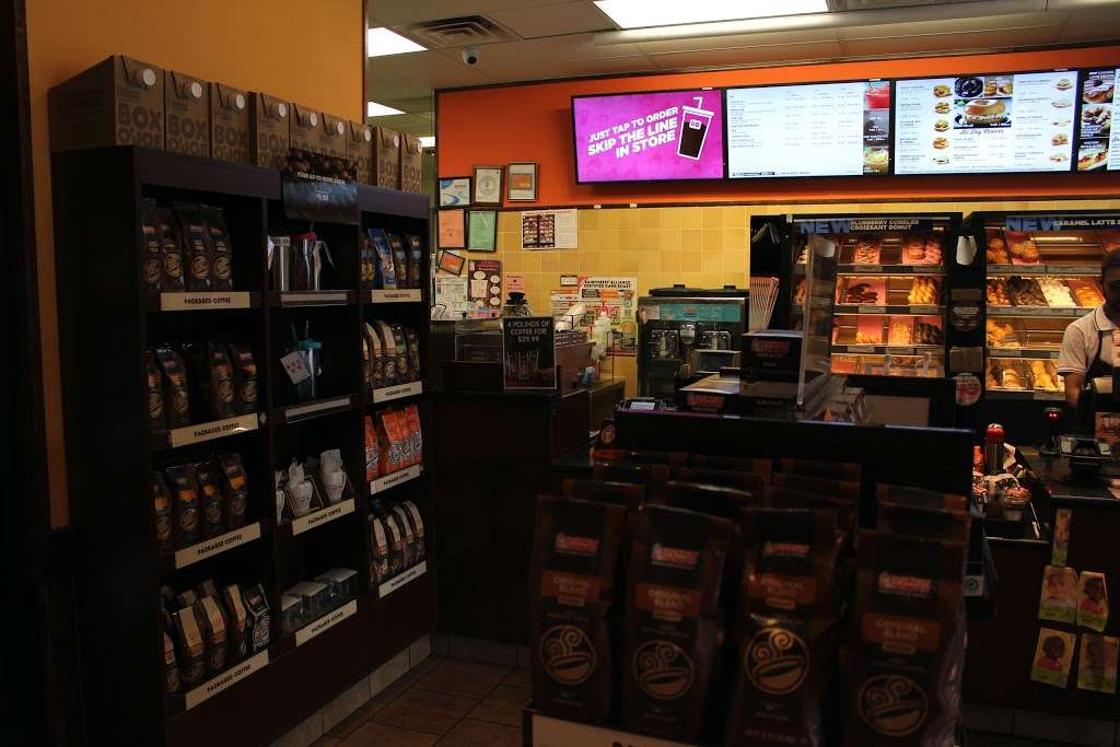 Dunkin - bakery  | Photo 7 of 10 | Address: 678 Central Park Ave # 680, Yonkers, NY 10704, USA | Phone: (914) 423-1253