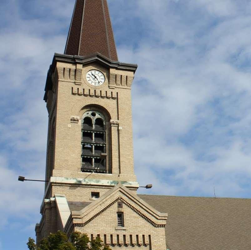 St Augustine Church - church  | Photo 3 of 10 | Address: 2530 S Howell Ave, Milwaukee, WI 53207, USA | Phone: (414) 744-0808