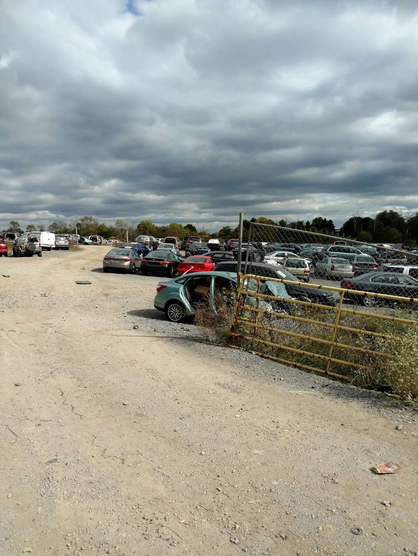 Ernies Salvage Yard - car repair  | Photo 4 of 5 | Address: 4590 Williamsport Pike, Martinsburg, WV 25404, USA | Phone: (304) 274-1133