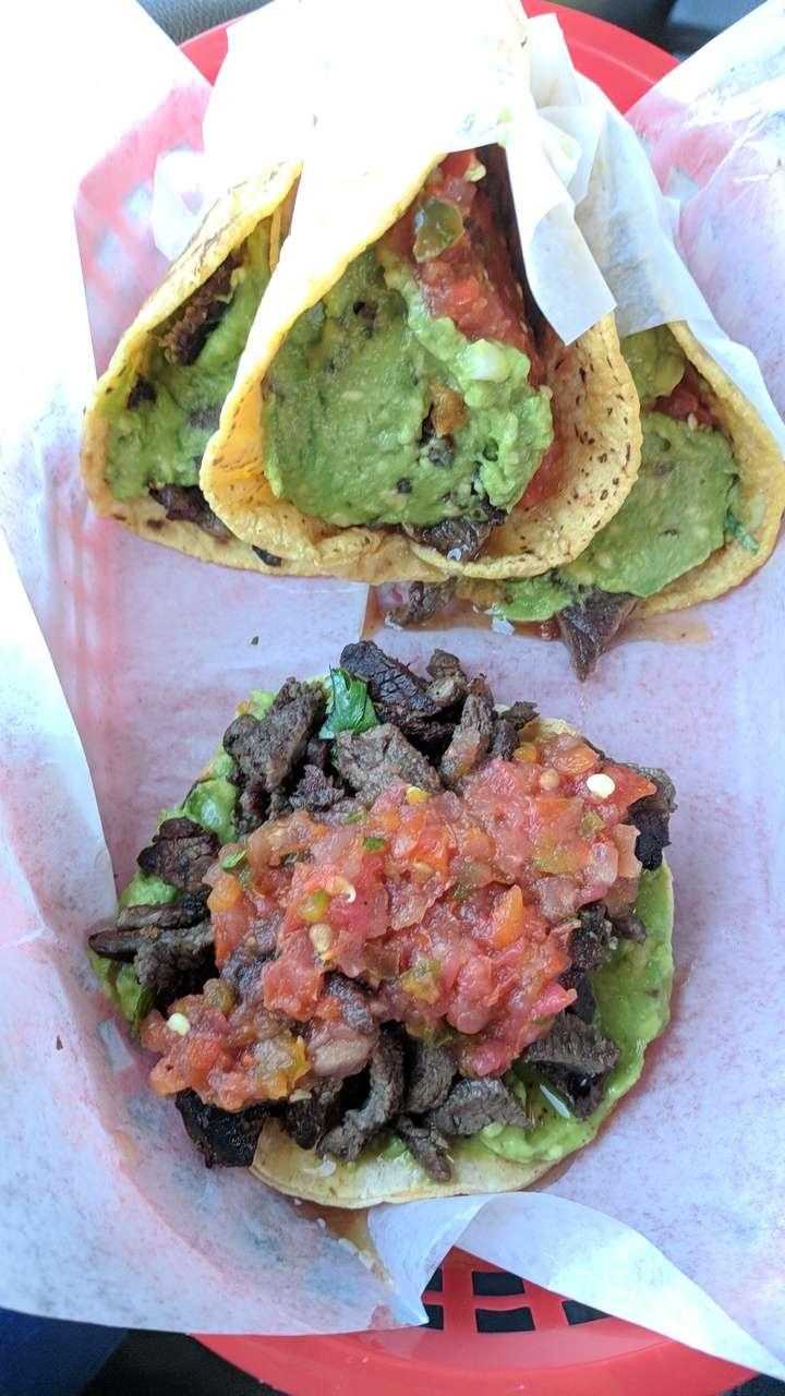 Tacos Ah Carbon - restaurant    Photo 2 of 10   Address: 1512 S Bluff Rd, Montebello, CA 90640, USA