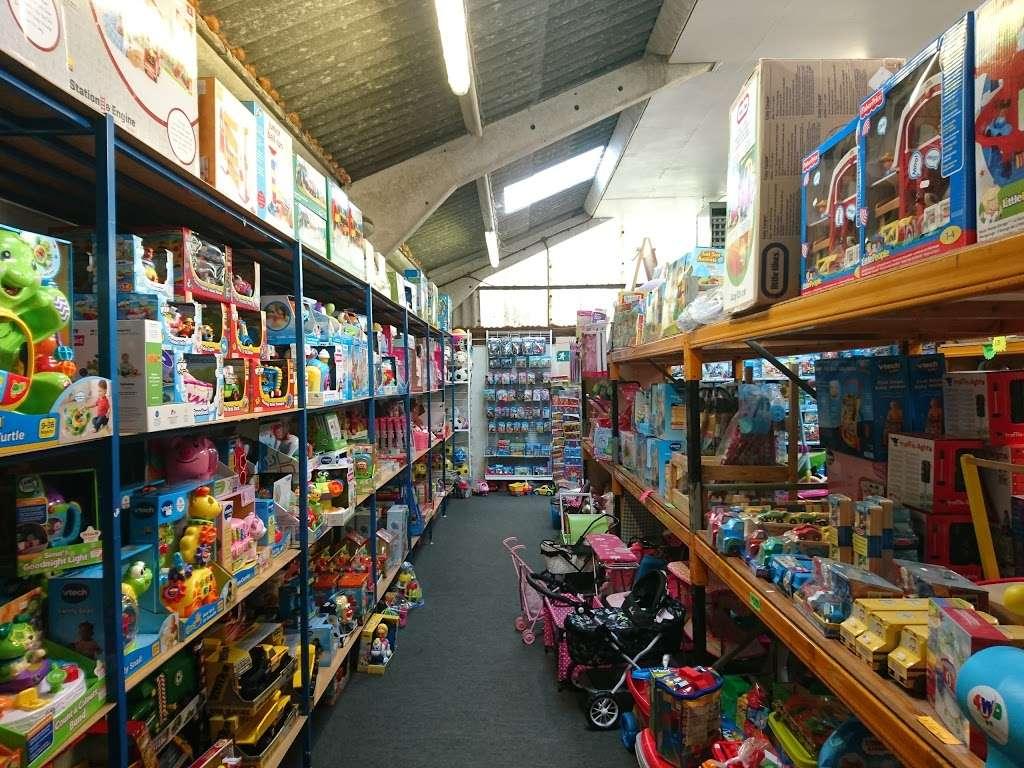 Toytime - store  | Photo 2 of 10 | Address: Leigh Rd, Tonbridge TN11 9AQ, UK | Phone: 01732 833695