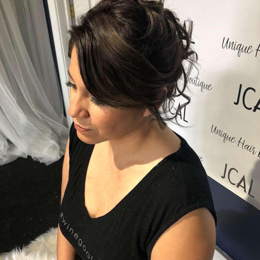 Unique Hair Boutique - hair care    Photo 9 of 10   Address: 7442 W Grand Ave, Elmwood Park, IL 60707, USA   Phone: (708) 395-5897