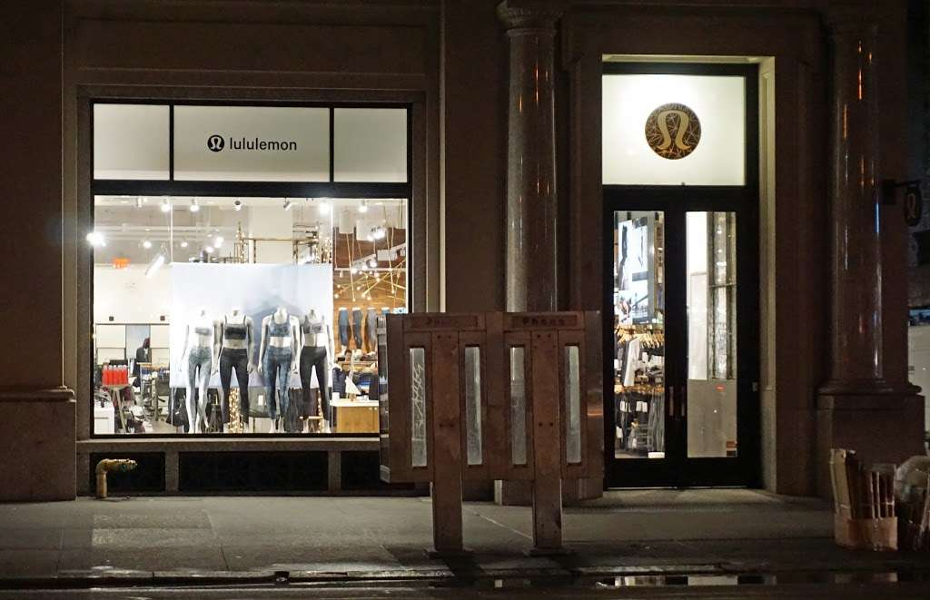 lululemon - shoe store  | Photo 5 of 10 | Address: 114 5th Ave, New York, NY 10011, USA | Phone: (212) 627-0314
