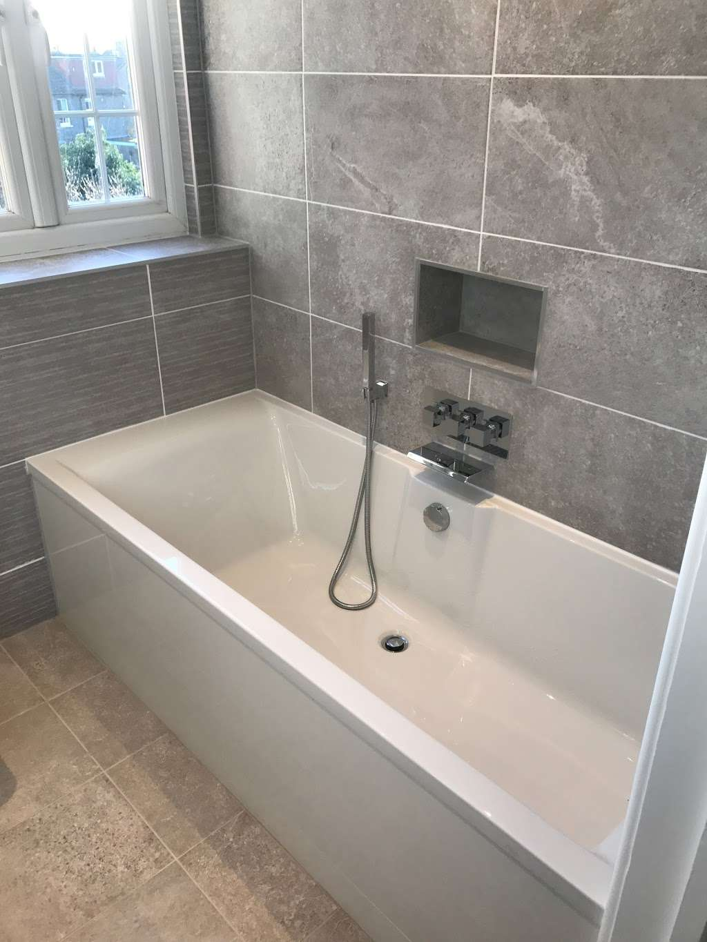 Easy You - plumber  | Photo 4 of 5 | Address: Holly lodge, Lodge lane, Redhill RH1 5DH, UK | Phone: 07736 764725