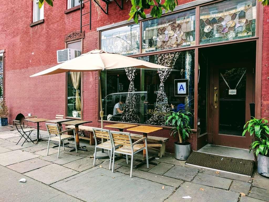 Urban Vintage - cafe  | Photo 3 of 10 | Address: 294 Grand Ave, Brooklyn, NY 11238, USA | Phone: (718) 783-6045