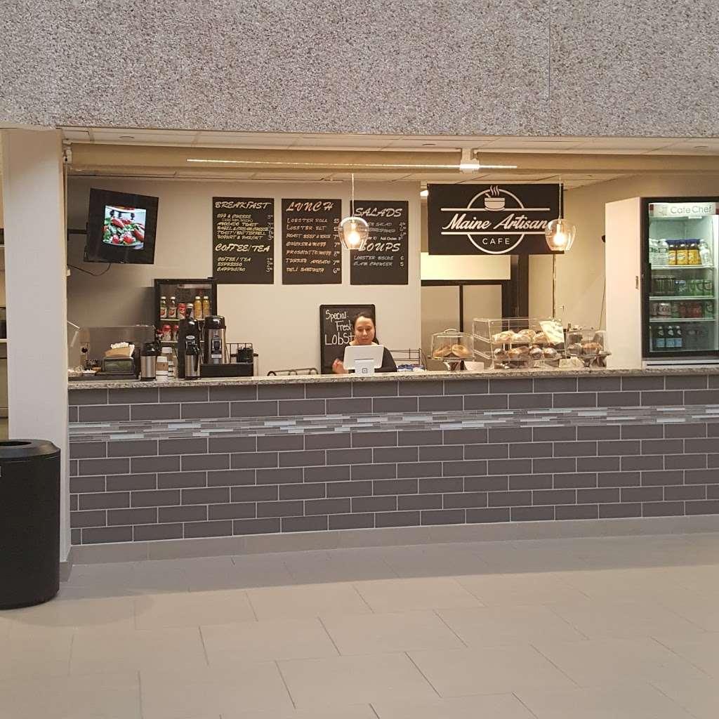 Maine Artisan Cafe - restaurant  | Photo 3 of 10 | Address: 400 Plaza Dr, Secaucus, NJ 07094, USA | Phone: (201) 885-3277