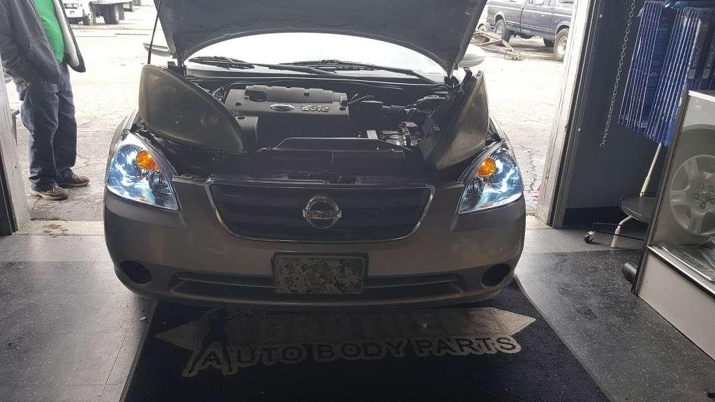 Brothers Auto Body Parts - car repair  | Photo 8 of 10 | Address: 14922 Ramona Blvd Unit K, Baldwin Park, CA 91706, USA | Phone: (626) 813-1126