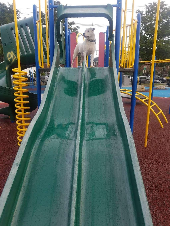 McGovern Park - park  | Photo 9 of 10 | Address: Jersey City, NJ 07305, USA