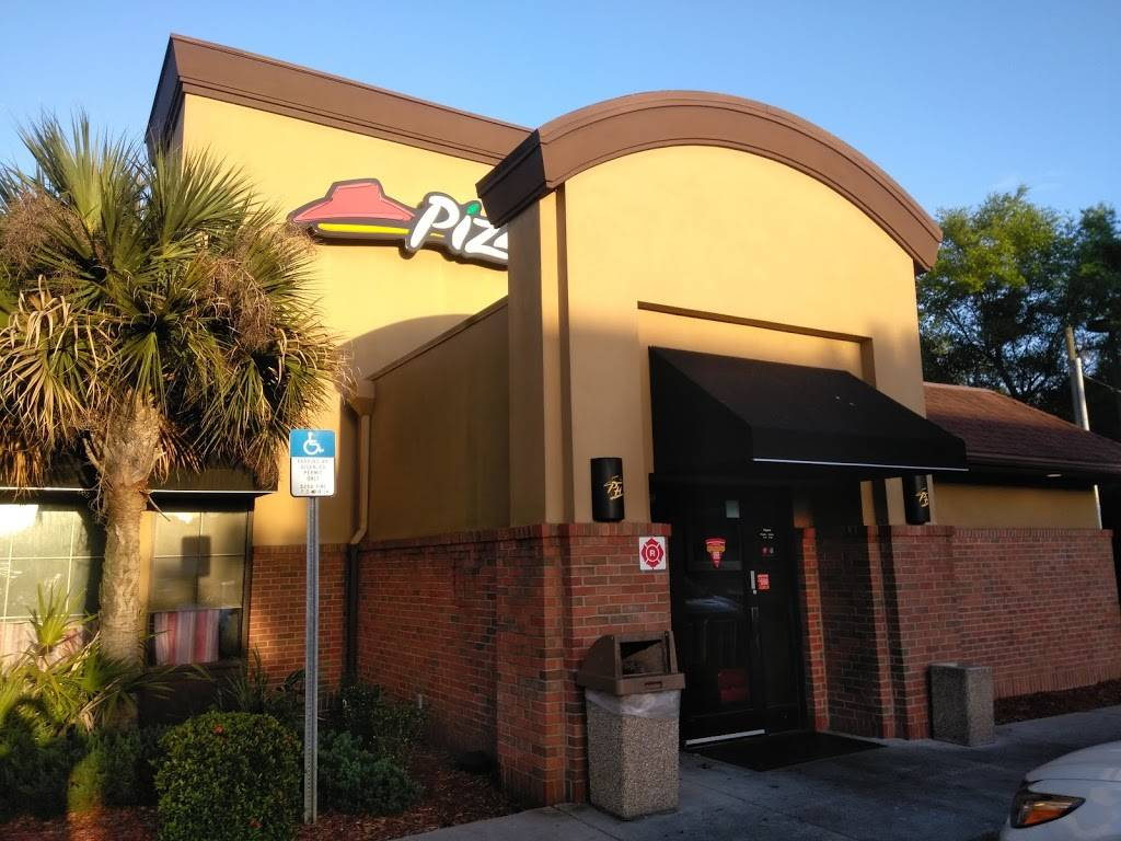 Pizza Hut - meal delivery  | Photo 4 of 10 | Address: 4011 E Busch Blvd, Tampa, FL 33617, USA | Phone: (813) 985-2297