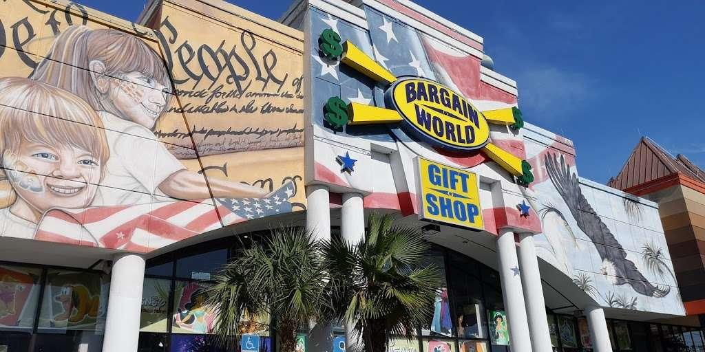 Bargain World Lake Buena Vista - clothing store    Photo 10 of 10   Address: 12236 S Apopka Vineland Rd, Orlando, FL 32836, USA   Phone: (407) 239-4100