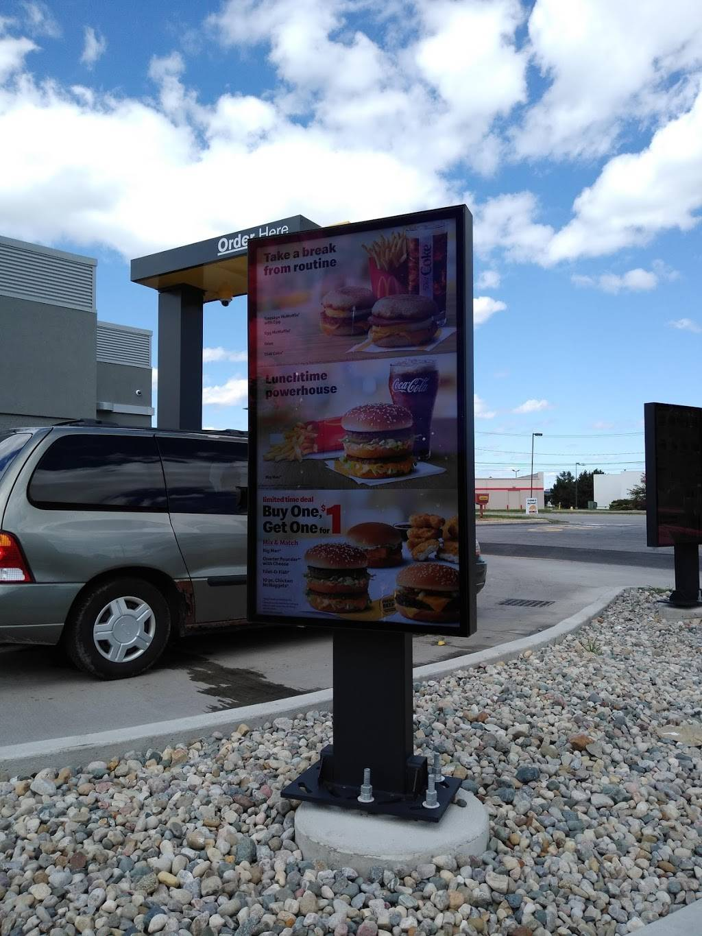 McDonalds - cafe  | Photo 7 of 8 | Address: 835 Lime City Rd, Rossford, OH 43460, USA | Phone: (419) 666-7575