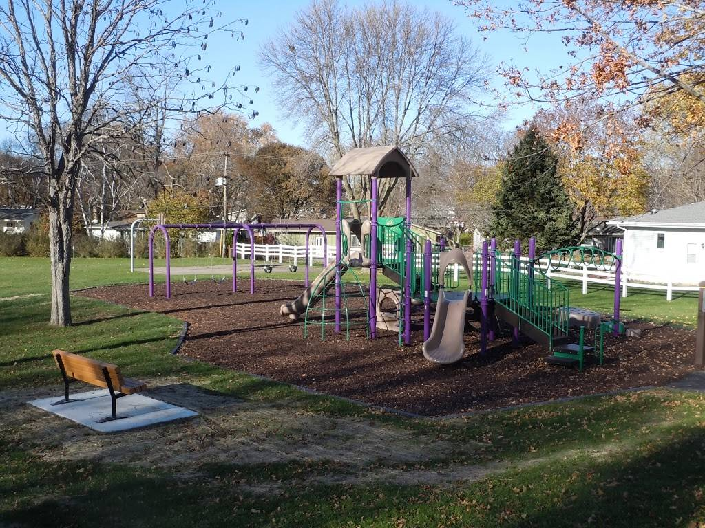 Lerdahl Park - park    Photo 1 of 4   Address: 3514 Little Fleur Ln, Madison, WI 53704, USA   Phone: (608) 266-4711